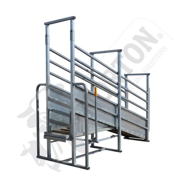 standard-adjustable-cattle-loading-ramp